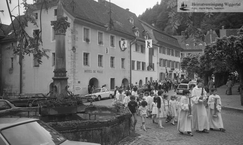 St….. 1983