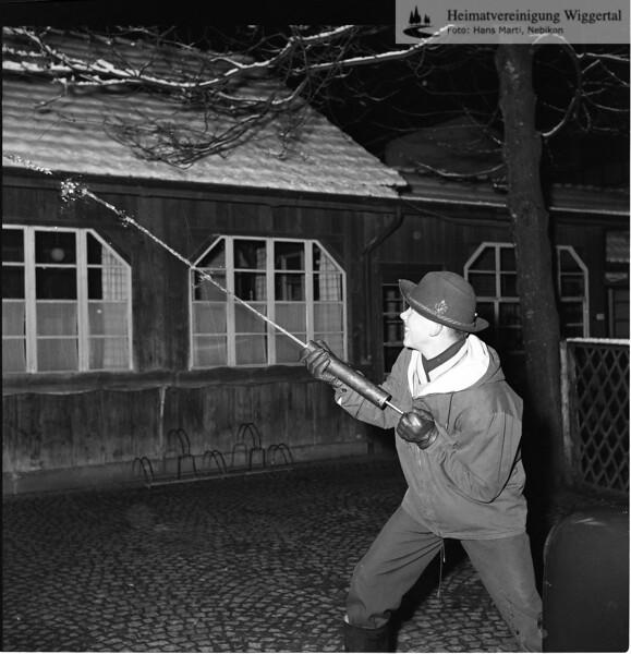 #030417 | Giritzjagen um 1960; ww