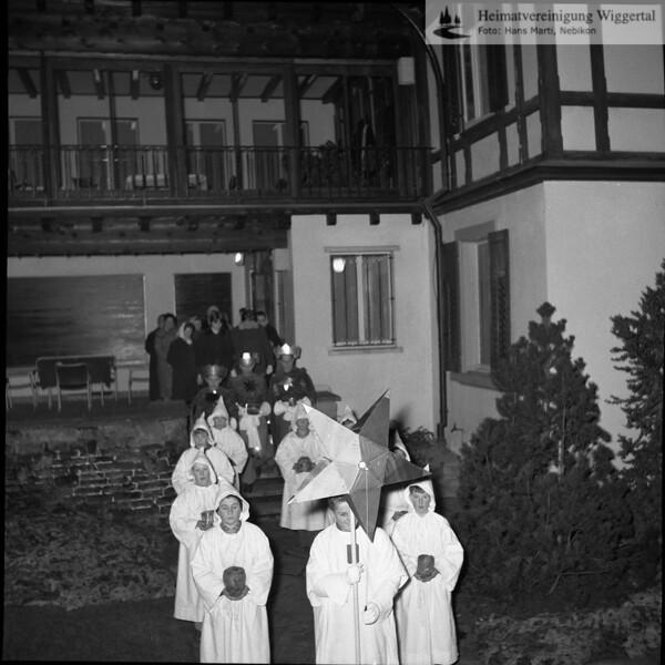 #030627 | Sternsingen; Villa Lütolf, Bahnhofstrasse; hdn; fja