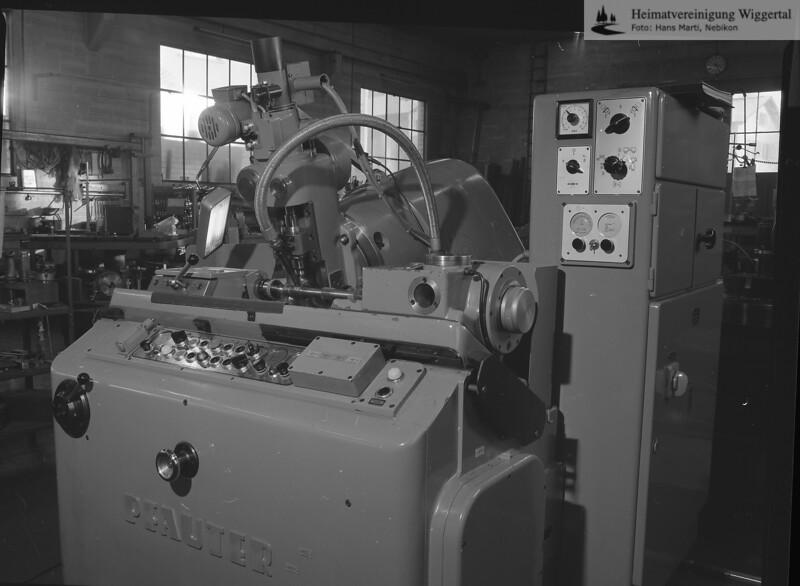 #040864 | Zahnradfabrik; Grob AG; fja