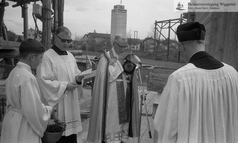 #041216   Pfarrer Franz Huwiler; Domdekan Dr. Hunkeler; thm; fja