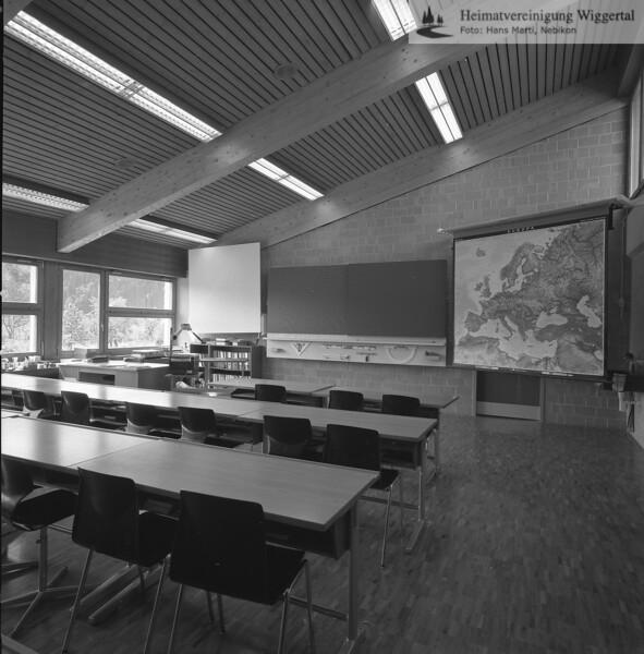 #041599 | Oberstufenschulhaus; Schulzimmer; srs