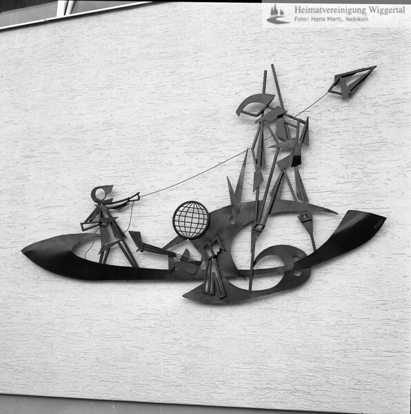 #050541 | Willy Huwiler; Eisenplastik Oberstufenschulhaus Bärematte Ruswil 1965; kvh