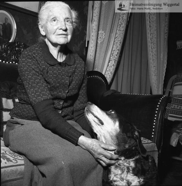 Frau Schmid, Adelboden,Wikon