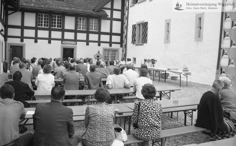 Reportagen Eröffnung Ausstellung Friedrich Stirnimann Schloss Wyher 1987