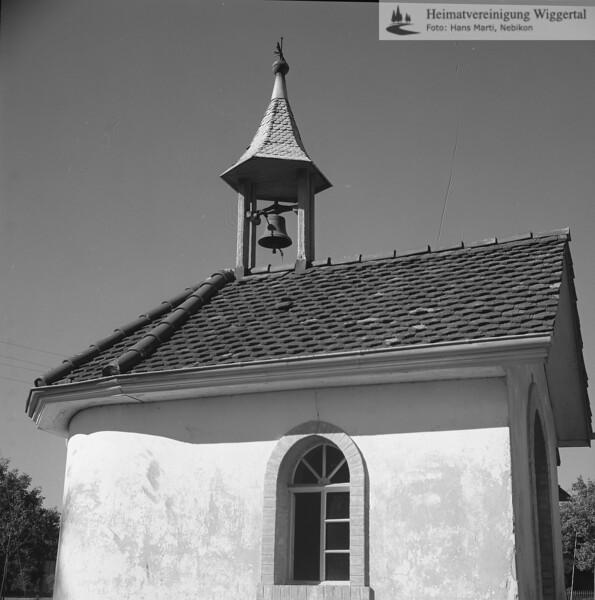 #100201 | Kapelle im Dorf; (der hl.Familie geweiht); amei; fja