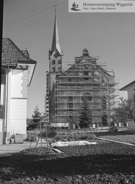 #100652   Pfarrkirche; Renovation; fja