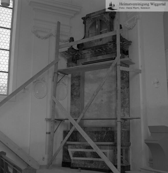 #100789 | Pfarrkirche; erbaut 1801–1803; Baumeister Joseph Purtschert aus Pfaffnau; Seitenaltar links; Renovation 1966–1968 mit Willy Huwiler; Kunstmaler, Ruswil; hust; kvh