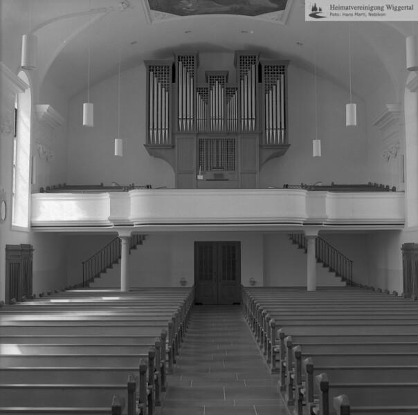#100824 | Pfarrkirche; erbaut 1801–1803; Baumeister Joseph Purtschert aus Pfaffnau; Kirchenschiff und Orgelempore; Nach der Renovation von 1966–1968; hust