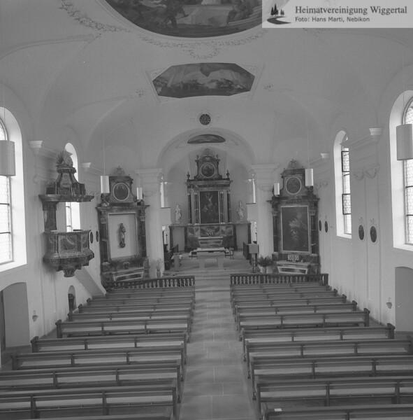 #100827 | Pfarrkirche; erbaut 1801–1803; Baumeister Joseph Purtschert aus Pfaffnau; Chor und Kirchenschiff; Nach der Renovation von 1966–1968; hust