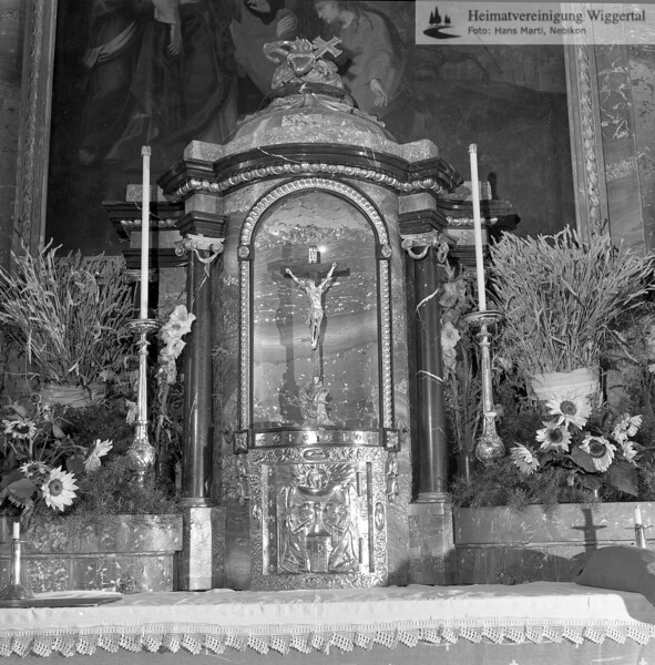 #100844 | Pfarrkirche; erbaut 1801–1803; Baumeister Joseph Purtschert aus Pfaffnau; Tabernakel; Renovation 1966–1968; hust; fja