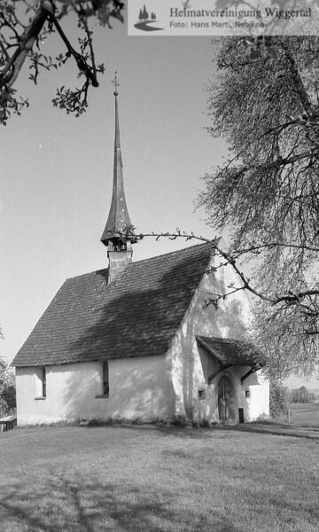#110051 | wo? was?wahrscheinlich; kapelle St. Margrethen, Nottwil, Blick von Westen, vor der Renovation ca 1990; boan