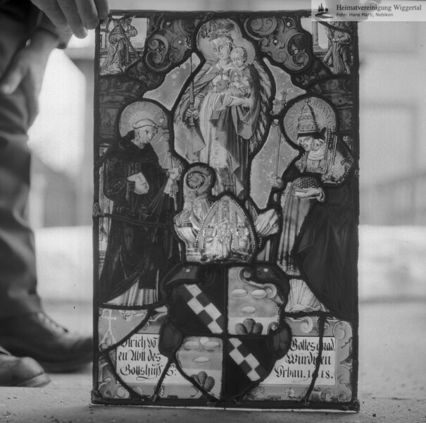 #110119 | Wappenscheibe; Ulrich vo Gottes gnad; n Abtt des Würdigen; Gottshuss S.Urban.1 18; fja
