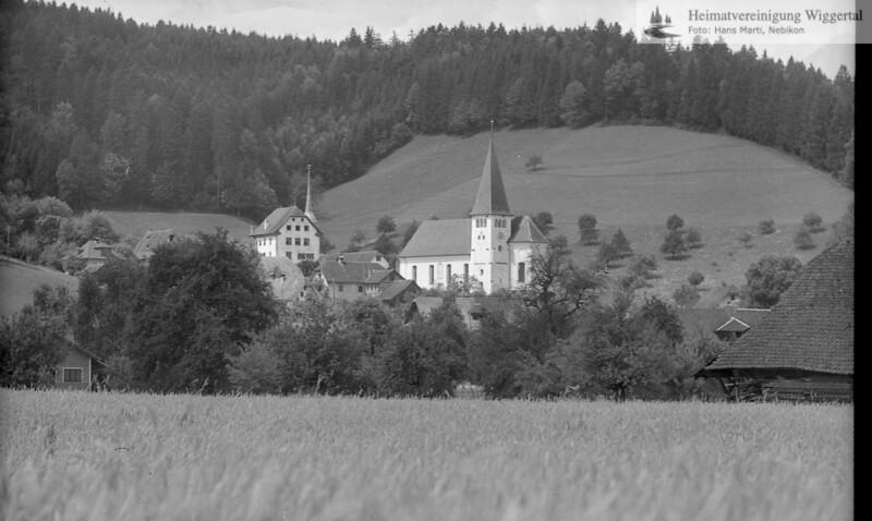 #110205 | Pfarrkirche und Schloss; fja