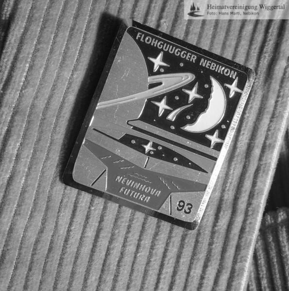 #130063   Flohguugger; Plakette 1993; fja