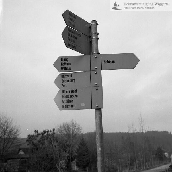 #130057   Wegweiser; wo?