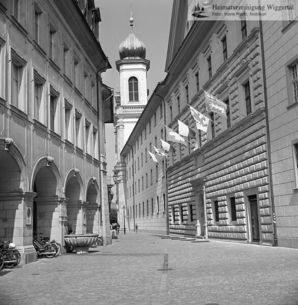 #140162 | Ritterscher Palast; Hintergrund; Turm der Jesuitenkirche; fja