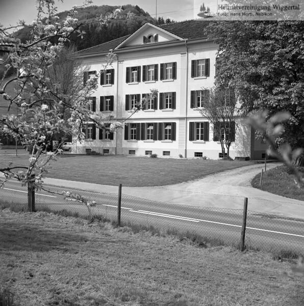 #150195 | Burgrain; Verwaltungsgebäude; fja