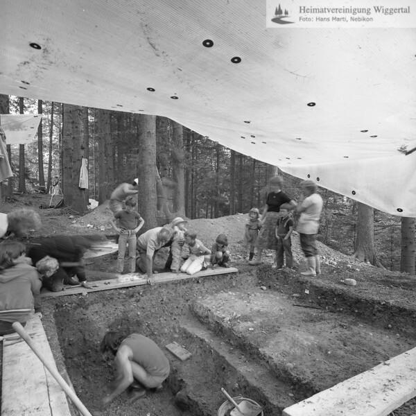 #160618 | Burgstelle Salbüel; Ausgrabung 1982; fwk