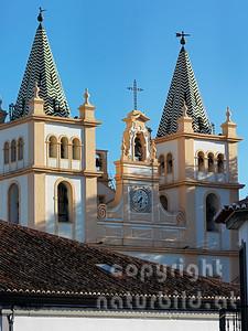Glockentürme, Kathedrale Sé de Sao Salvador,  Angra do Heroismo, Insel Terceira, Azoren, Portugal,