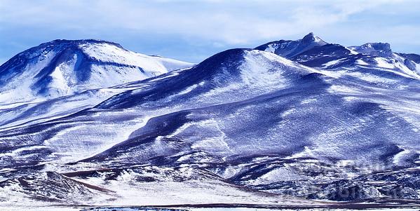 PF-795 - Schwarze Berge im Schnee