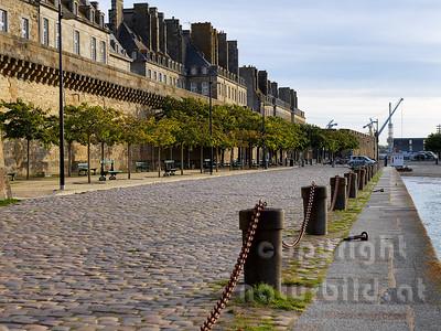 16B-01-32 - Saint-Malo Stadtmauer