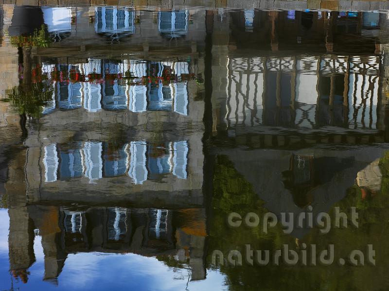 16B-01-142 - Fachwerkhaus Spiegelung