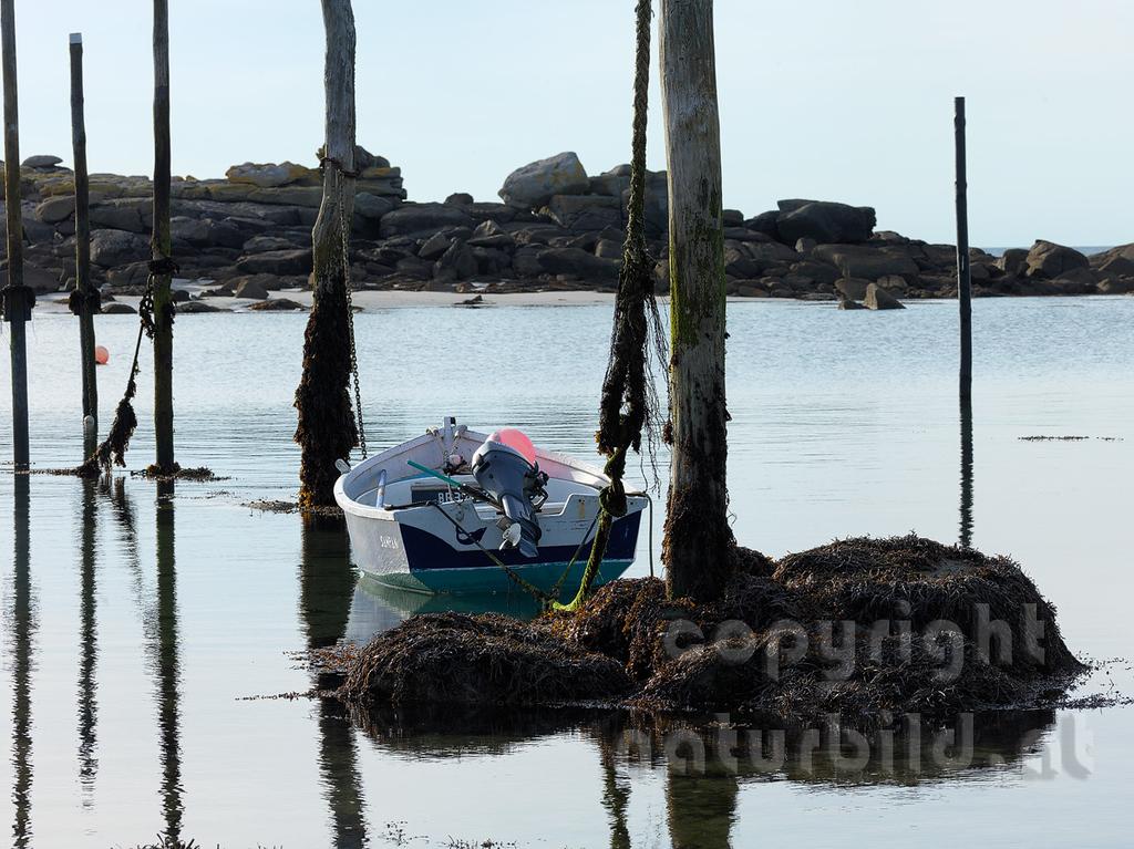 16B-03-192 - Hafen von Mazou