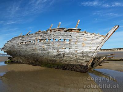 15-IR-08-06 - Eddies Boat - 2