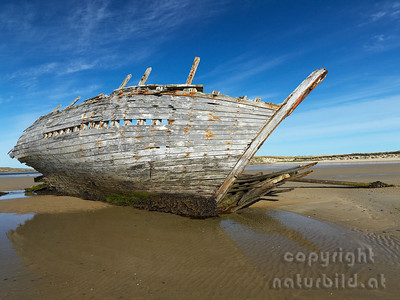 15-IR-08-07 - Eddies Boat - 5