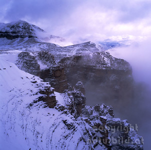 GF 1197 - Sella Südwand im Schneesturm