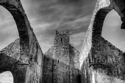 10-17-53 - Hauptschiff der Corcomroe Abbey