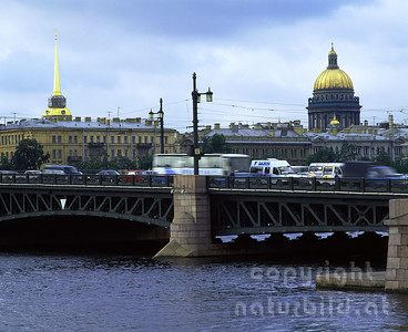 MF-469 - Schlossbrücke über die Neva