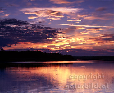 MF-505 - Sonnenuntergang an der Wolga