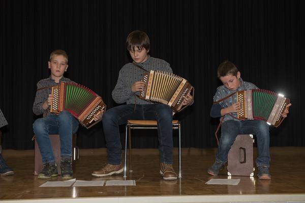 Schwyzerörgeli-Gruppe der Musikschule Hergiswil-Menzberg