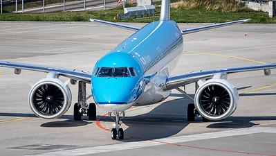 KLM / E195-E2 / PH-NXD