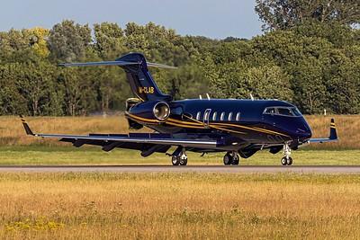 Private / Bombardier BD-100 / M-CLAB