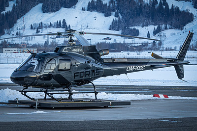 Sennair / AS 350 Ecureuil / OM-XBC