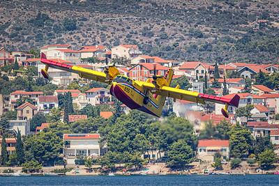 Croatia Air Force / Bombardier CL-415 / 855