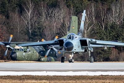 Germany Air Force / Panavia Tornado / 98+77