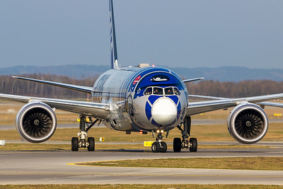 ANA / Boeing 787-9 / JA873A / Star Wars - R2D2