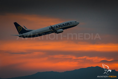 Ryanair / B737-800 / EI-DYN
