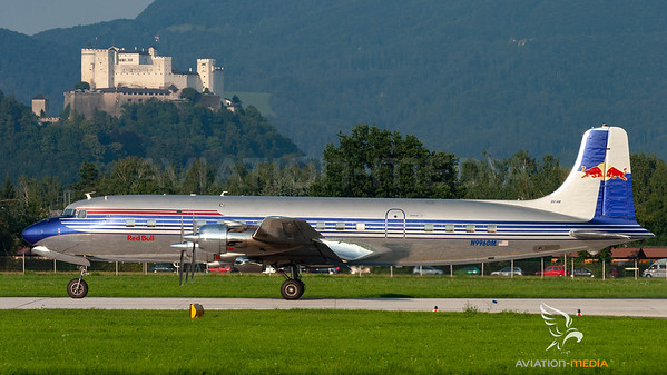 The Flying Bulls / DC-6 / N996DM