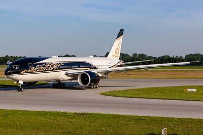 Equatorial Guinea - Government / Boeing 777-200 / P4-SKN