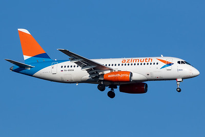 Sukhoi Superjet on final to Munich Airport