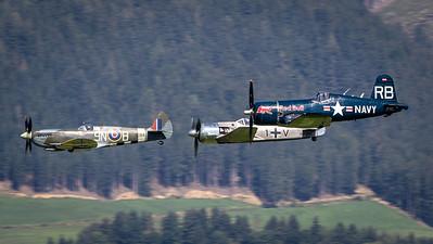 Spitfire / Focke Wulf 190 / F4 Corsair