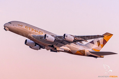 Etihad Airways A380 A6-API