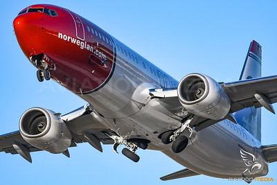 Norwegian / B737-800