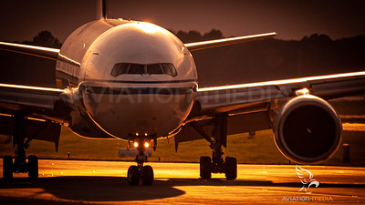 Air China / B777-200