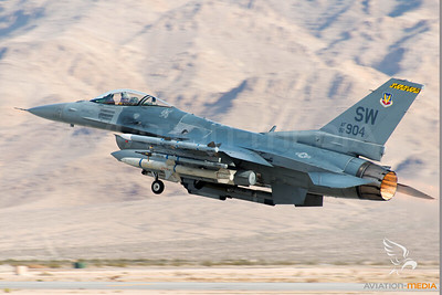 US Air Force / F16 / AF92904